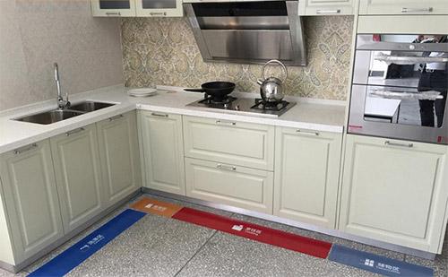 打造收纳整洁的厨房,利百佳橱柜您值得拥有