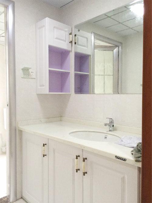 实用美观两不误——英郡年华卫浴柜