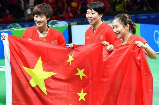 奥运冠军李晓霞,利百佳提醒你该去保养厨柜啦!
