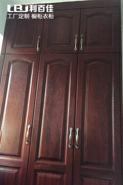 天然原木,致敬生活——钱隆樽品定制原木衣柜案例