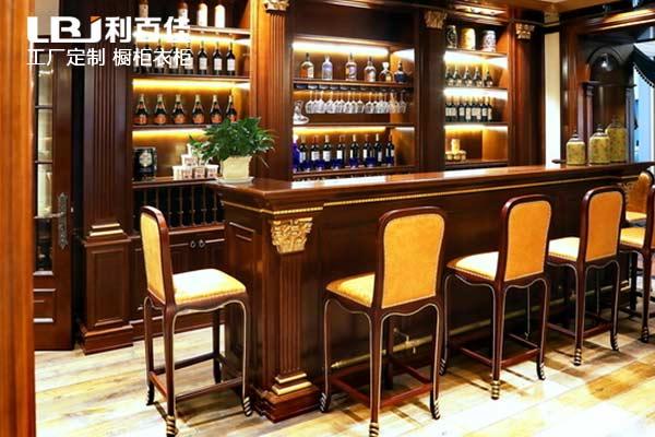 利百佳橱柜定制品牌︱整木家装的酒柜定制几大关键点!