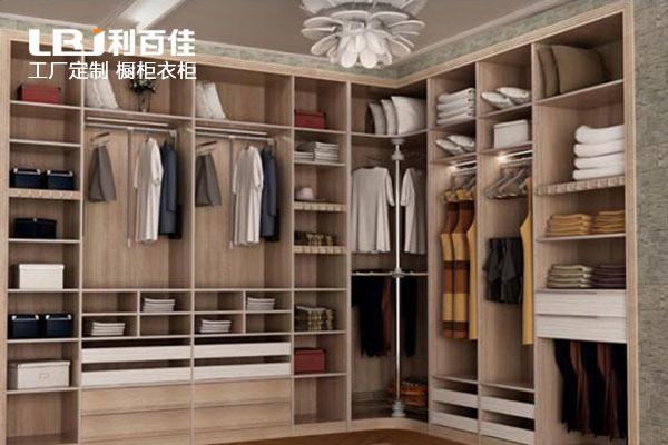 利百佳分享如何定制欧式风格衣柜
