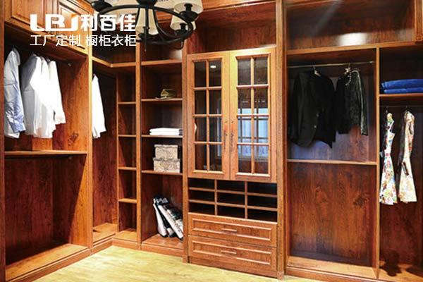 定制衣柜——湖南利百佳橱柜有限公司
