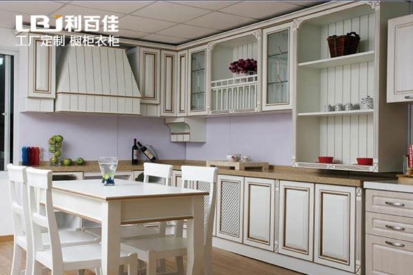 厨房装修:定制整体橱柜or自制橱柜 傻傻分不清楚