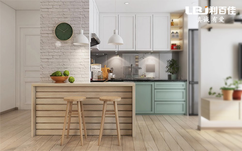 厨房定制一个这样的小吧台,实用又时尚