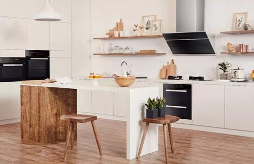 厨房橱柜搭配小吧台,让生活更有仪式感