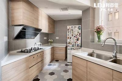不规则厨房如何定制橱柜?
